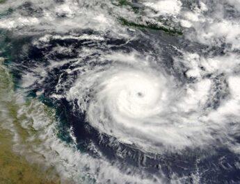 Pamela vuelve a ser huracán categoría 1; tocó tierra en Sinaloa